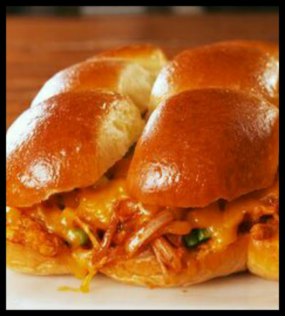 chicken-enchilada-sliders-recipe