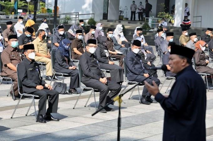 Mang Oded: Pejabat Harus Ikut Perangi Covid-19