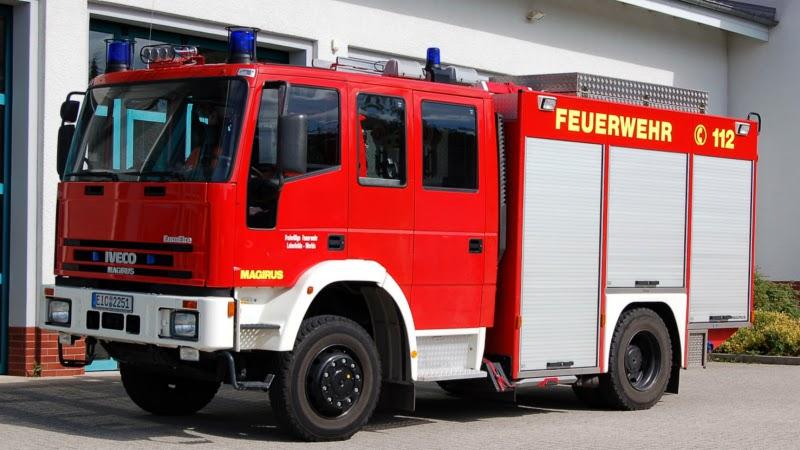 Tanklöschfahrzeug 16/25 mit THL-Beladung