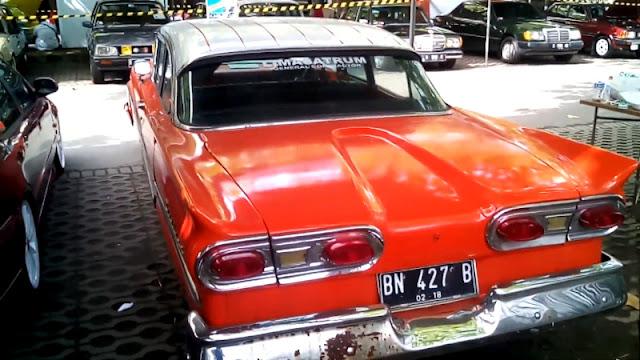 Ford Fairlane 1958 rear Indonesia