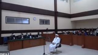 Habib Rizieq Tolak Vonis 4 Tahun, Langsung Ajukan Banding