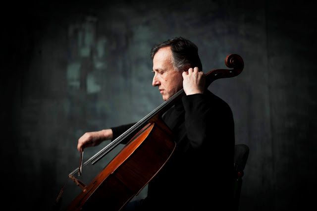 Raphael Wallfisch (Photo Benjamin Ealovega)