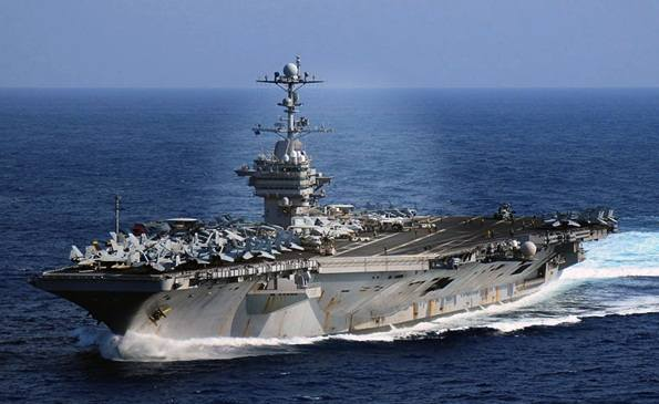 Foto Kapal Induk USS George Washington CVN 73 terbesar di dunia