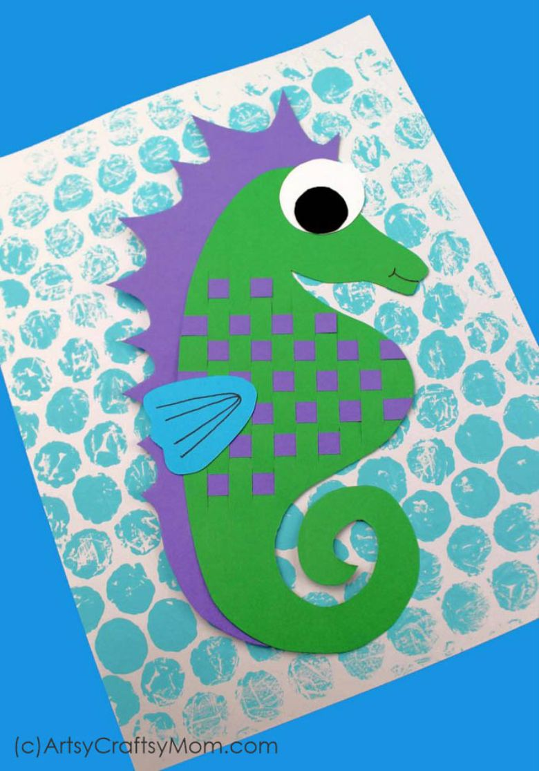 paper weaving seahorse under the sea craft