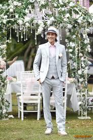 Foto Pernikahan Vino G Bastian