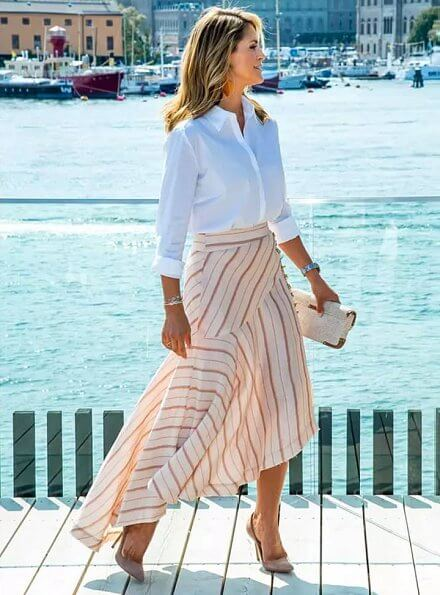 Princess Madeleine wore Aje pink cora silk linen striped skirt, Princess Leonore, Prince Nicolas and Princess Adrienne