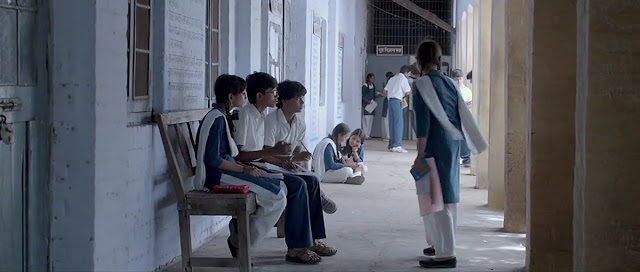 Nil Battey Sannata 2016 Full Movie Free Download And Watch Online In HD brrip bluray dvdrip 300mb 700mb 1gb
