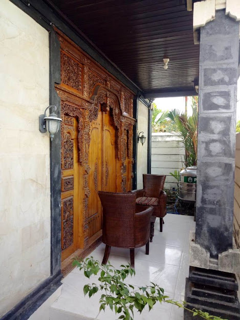 HOUSE FOR RENT : 2 BEDROOMS IN SANUR - BALI