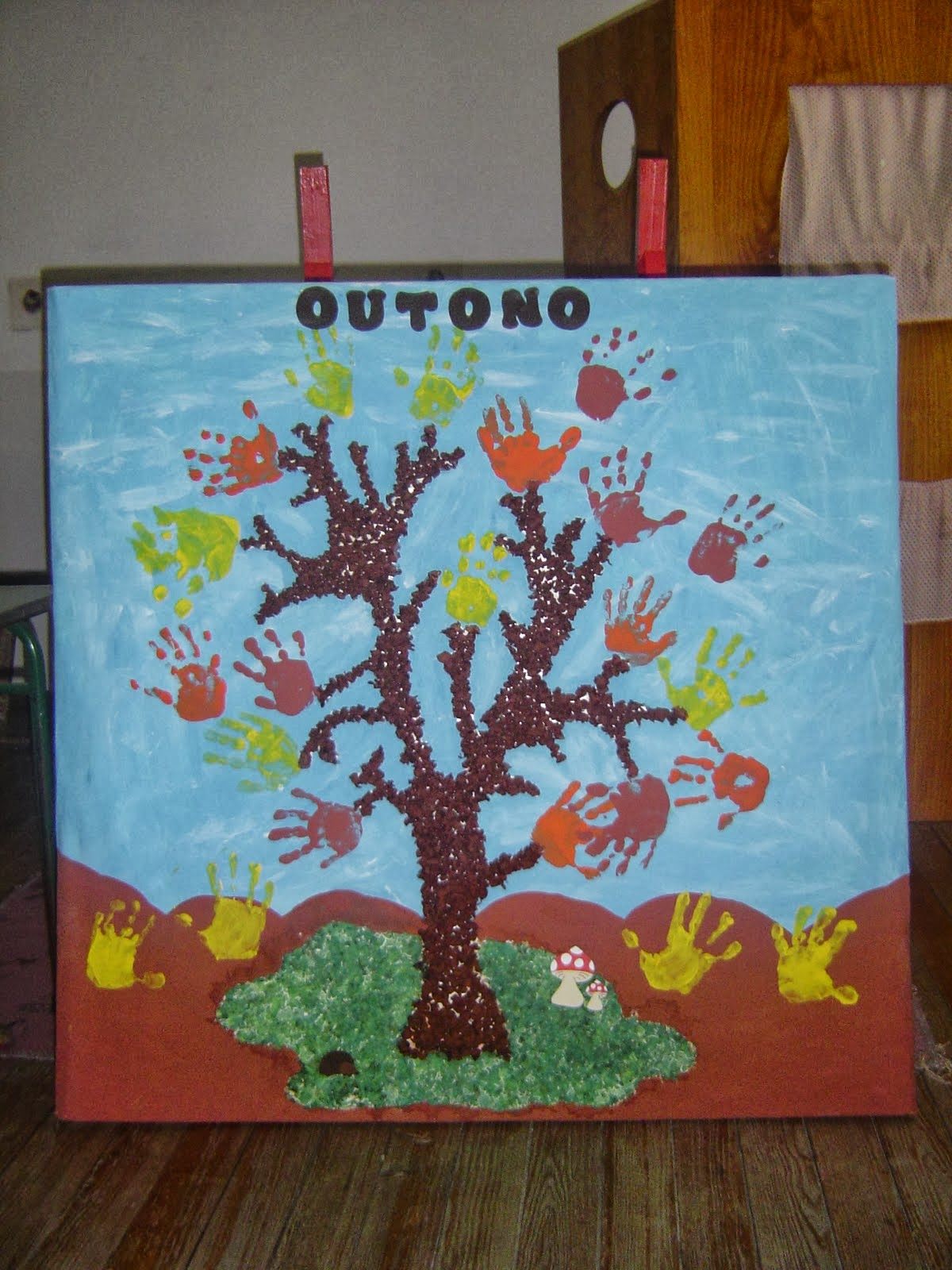 El arte de educar ideas para adonar el aula en oto o for Puertas decoradas para guarderia