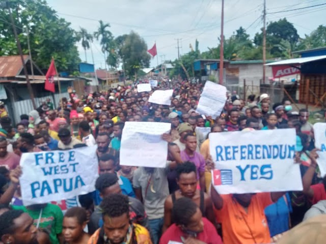 Ribuan Masa Aksi Petisi Rakyat Papua ( PRP )Tolak Otsus Jilit II Di Kab Nabire 24 September 2020