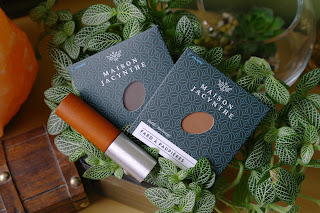 MAISON JACYNTHE review Eyeshadow in 04 Cappuccino & 11 Macchiato concealer 01