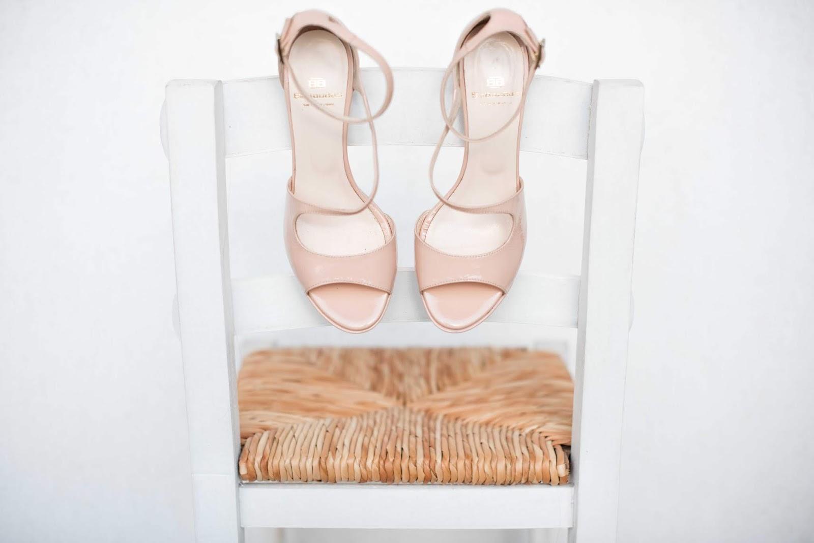 sandały-nude