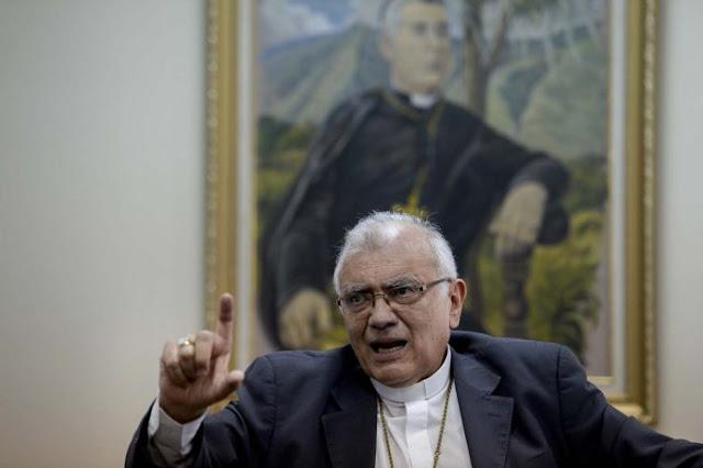 Cardenal Baltazar Porras, tras designación papal, asume compromiso de rescatar el arco minero