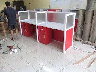 Harga Meja Sekat kantor Cubicle Workstation Permeter + Furniture Semarang