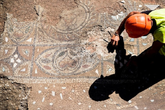 Intricate Roman mosaic discovered in western Switzerland
