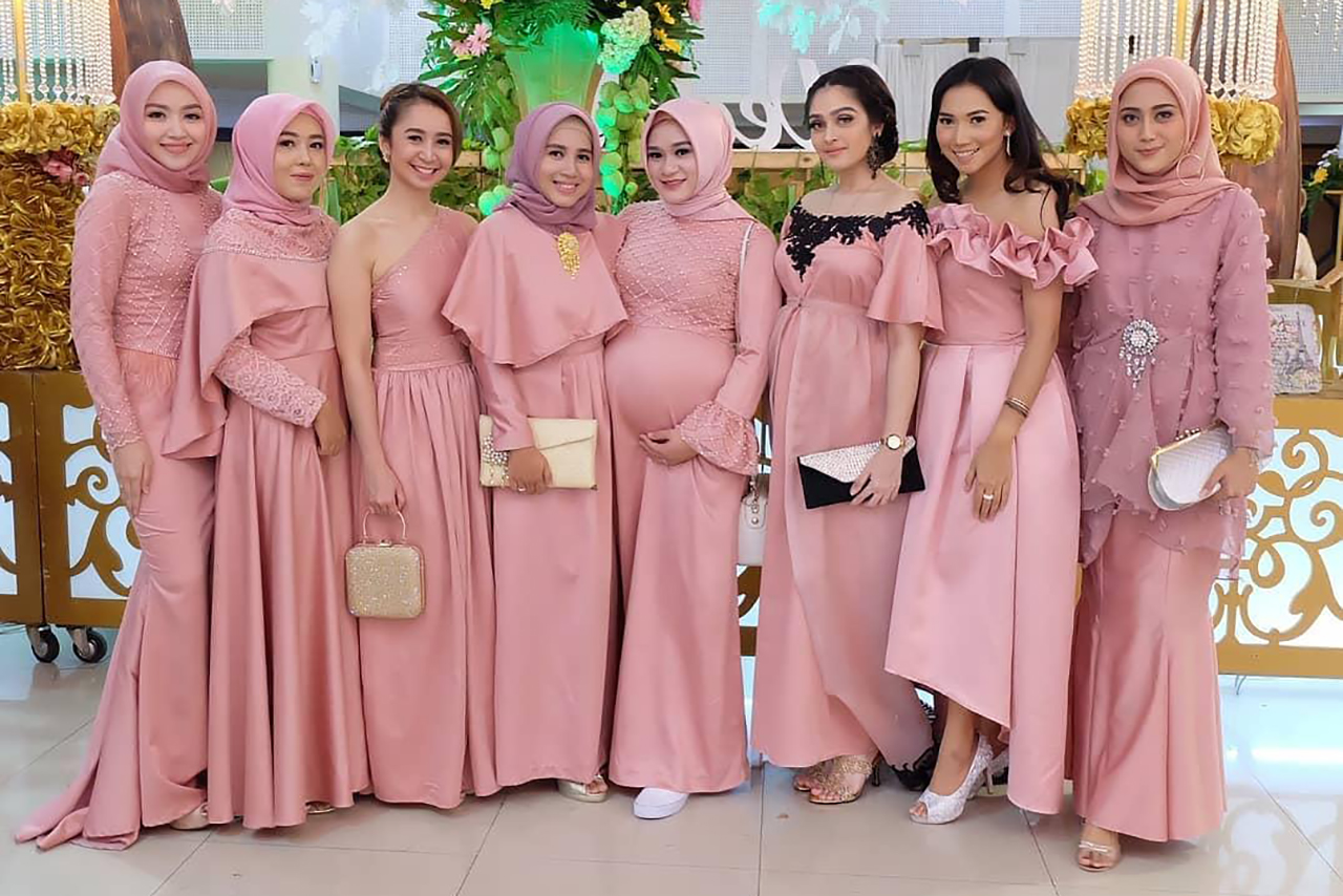 Model Bridesmaid Dress jilbab
