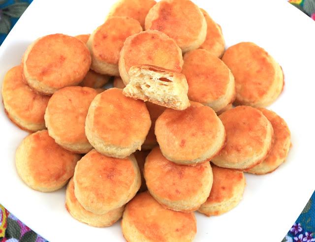 Pogačice-sa-sirom-od-tri-sastojka