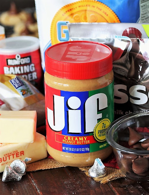 Best Peanut Butter Blossoms Ingredients Image