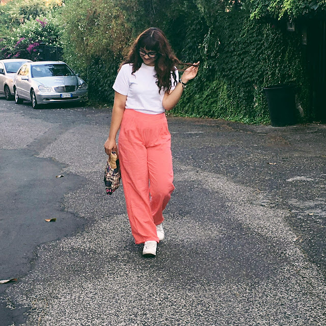 coral pants promod h&m basic t-shirt natual make up outfit hot day easy outfit vintagezairadurso zaira d'urso fashion's obsessions fashionsobsession fashion blog instagram