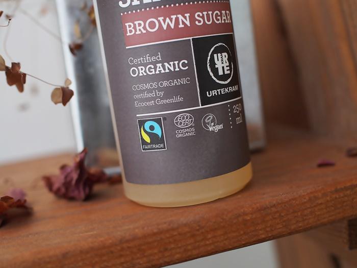 urtekram brown sugar kuivan hiuspohjan shampoo luonnonkosmetiikka