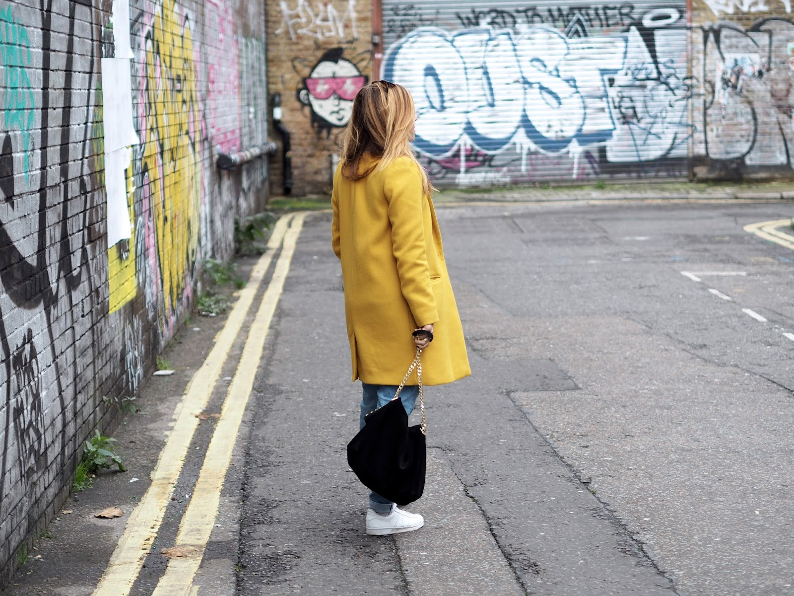 LONDON / OUTFIT 4
