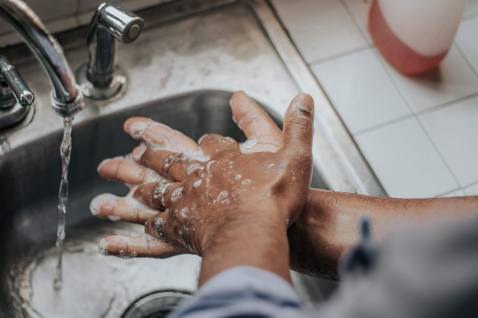 How To Wash Your Hands -Healthy Body with Synergy Chemicals