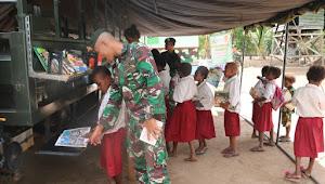 Mobil Pintar Satgas Yonif Mekanis Raider 411 Kostrad Datangi Kampung Rawabiru Papua
