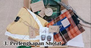 Perlengkapan Sholat merupakan salah satu rekomendasi souvenir spesial idul fitri yang unik dan menarik