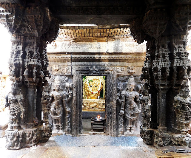 The Uma-Maheshwara shrine of the Bhoga Nandeeshwara Temple, Karnataka,  has a kalyana mantapa (marriage altar) with ornately carved pillars in black stone.
