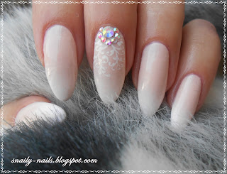http://snaily-nails.blogspot.com/2016/09/boom-na-baby-boomer.html