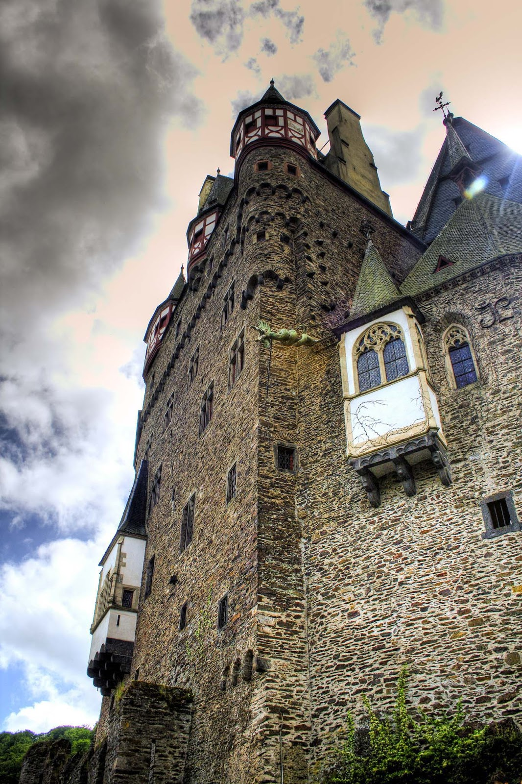 Pics Eltz Inside Burg Germany