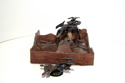 Ruined skyscraper by Junkyard Miniatures