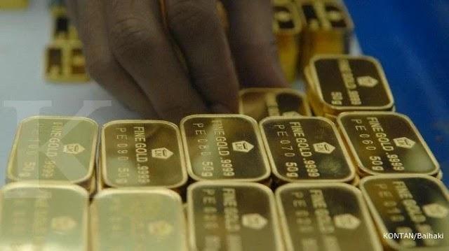 Harga emas Antam turun Rp 4.000 jadi Rp 926.000 per gram pada hari ini, Rabu (28/4)