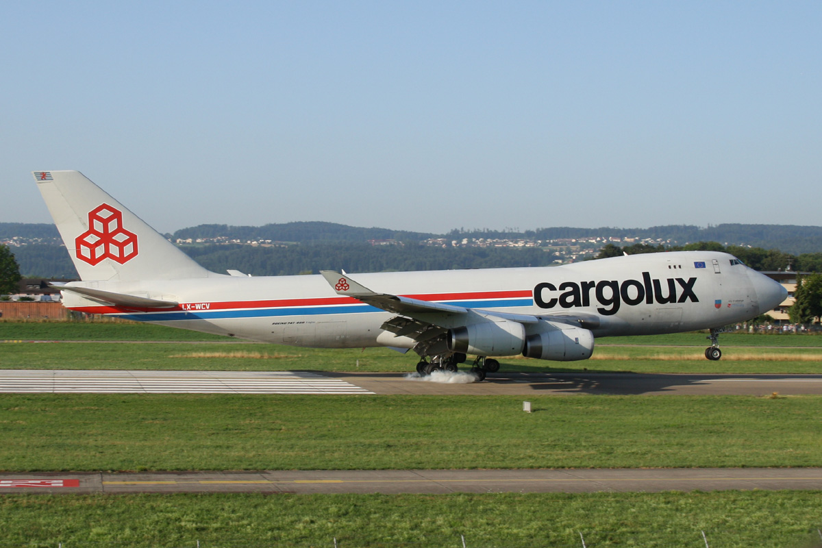 Eastwings: B-747-4R7F * Cargolux Airlines * LX-WCV