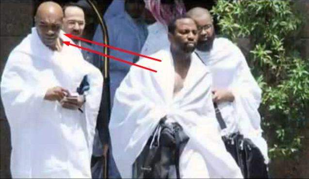Kisah Mengharukan Si 'Leher Beton' Mike Tyson Ketika di Makkah [VIDEO]