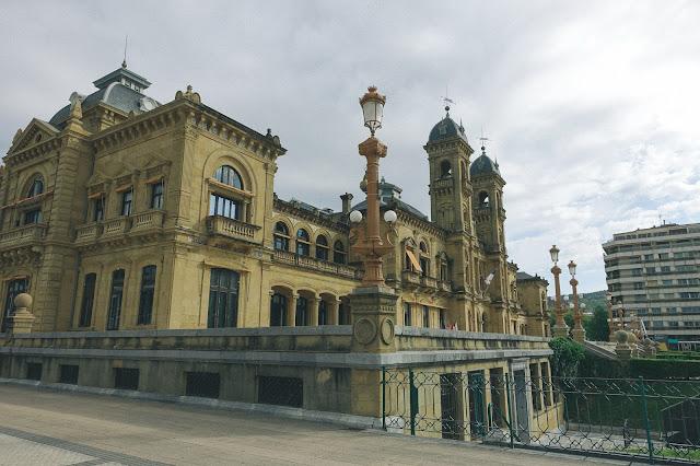 サン・セバスティアン市庁舎(Ayuntamiento de San Sebastián)