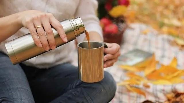 चाय के साथ इन चीजों को खाना - पड़ सकता है भारी | चाय पीने के बाद पानी पीने के नुकसान
