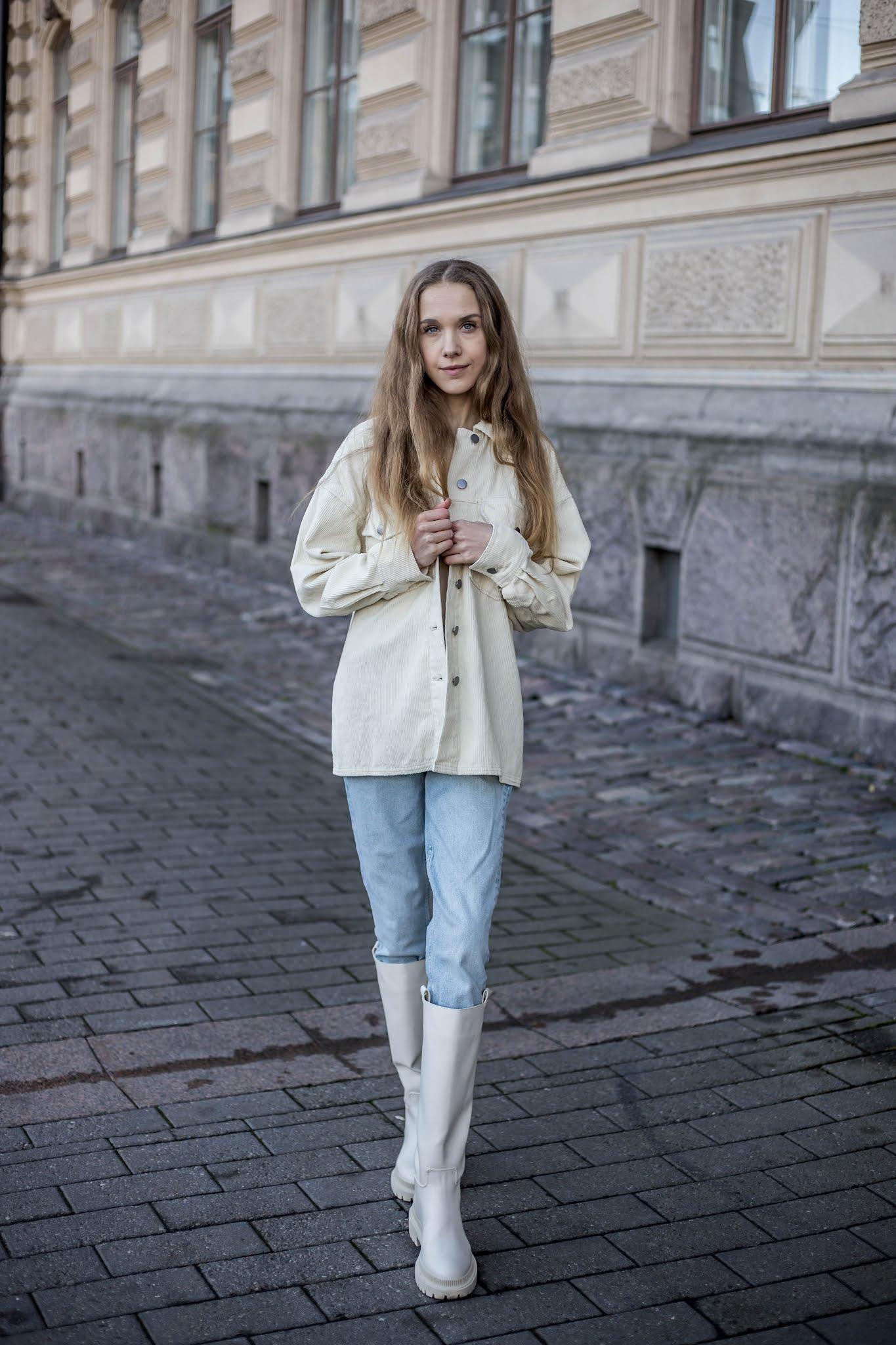 Rento arkiasu: farkut ja vakosamettipaita // Casual outfit: jeans and corduroy shirt