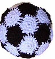http://www.ravelry.com/patterns/library/soccer-ball---voetbal