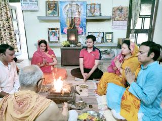 बुद्ध पूर्णिमा के अवसर पर गायत्री परिवार ने किया सामूहिक यज्ञ का आयोजन    #NayaSaberaNetwork