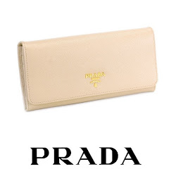 Princess Mary Style PRADA Clutch Bag CHRISTIAN LOUBOUTIN Pumps
