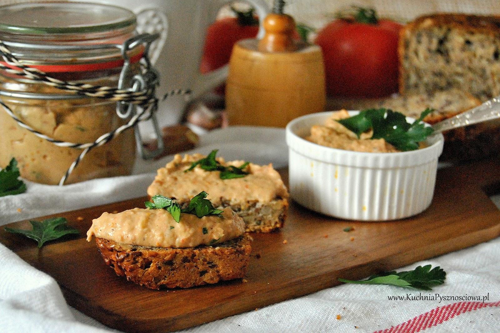 572. Pasta kanapkowa z białej fasoli i suszonych pomidorów