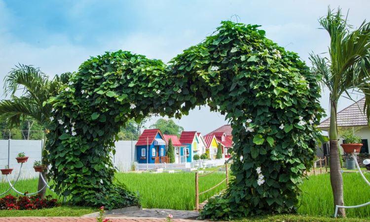 Urban Farming, Wisata Mini Eropa di Purwakarta yang Lagi Hits