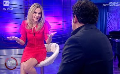 Francesca Fialdini outfit oggi bellissima conduttrice