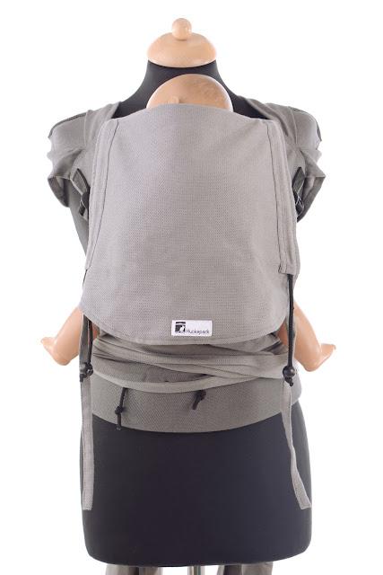Wrap Tai komplett aus Tragetuchstoff, auffächerbare Träger, ergonomischer Hüftgurt mit Schnalle, hergestellt in Deutschland