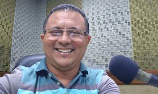 Vereador guarabirense Nal Fernandes lamenta morte do radialista Feliciano Silva.
