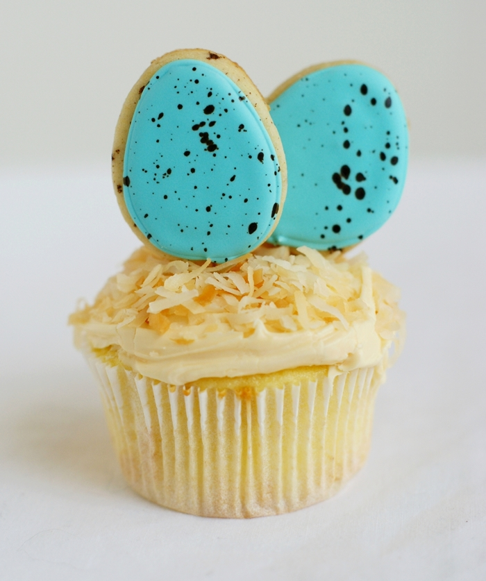 mini speckled egg cookie cupcake toppers
