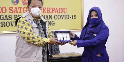 Gubernur Arinal segera Distribusikan 1000 Botol Handsanitizer Bantuan dari PT. Inez Kosmetik