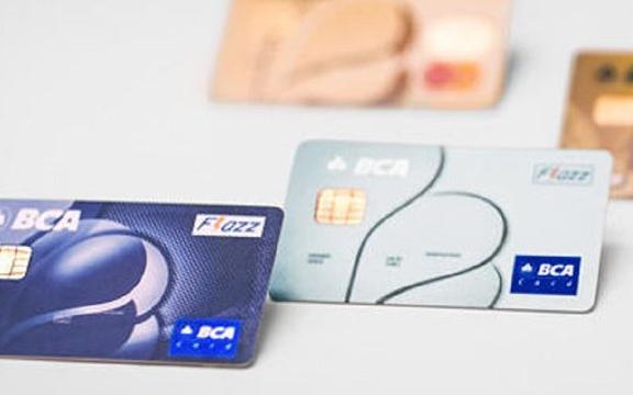 Mengenal Kartu Flazz BCA, Produk E-Money Dengan Berbagai Keuntungan