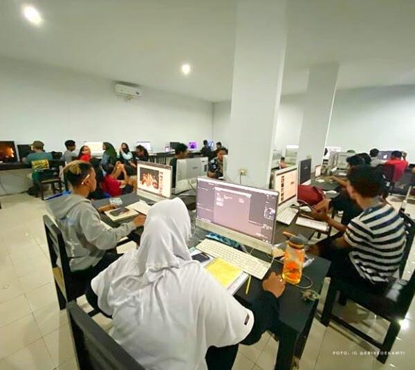 Sekolah Bakat Does University